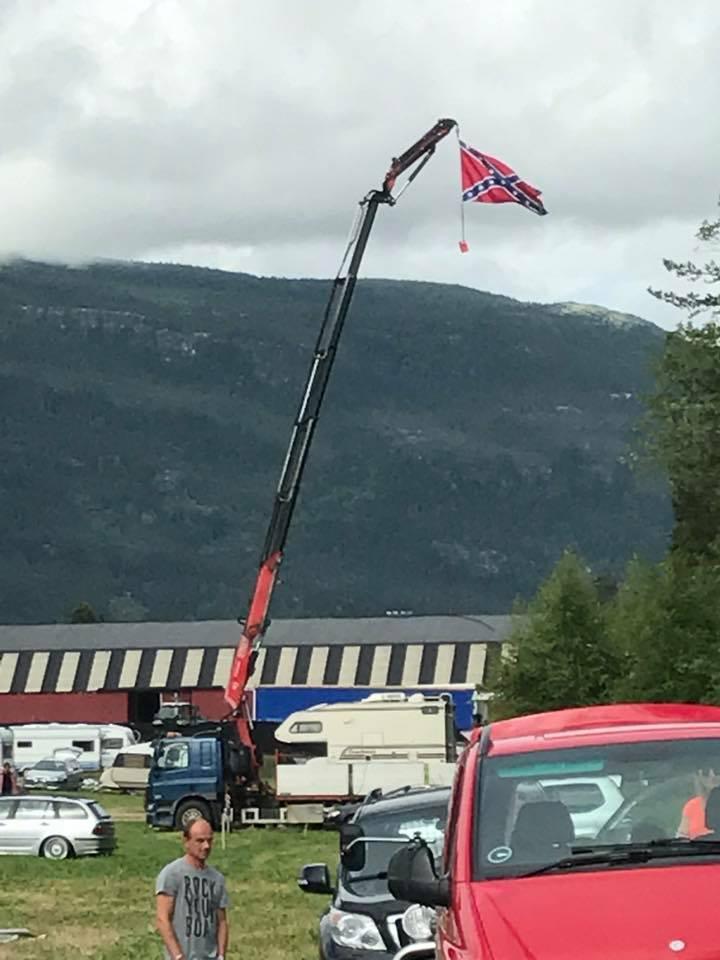 Innsendt bilde av flaggstanga vår :)